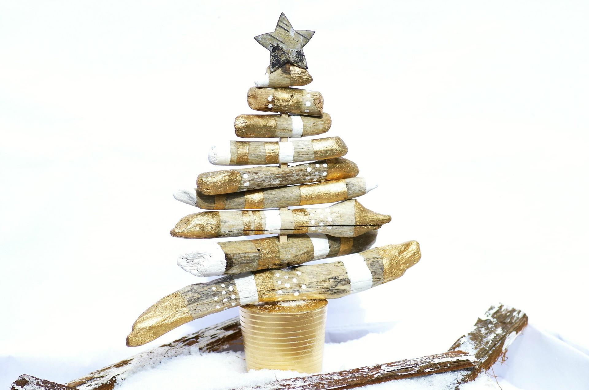 DESTOCKAGE - DIY - Kit pour la création d\'un Sapin de Noël en bois ...