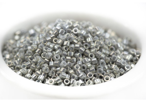 5 Grammes - Perles Miyuki Delica 11/0 - Couleur Gris / Galvanized Grey Luster (Col.0251)