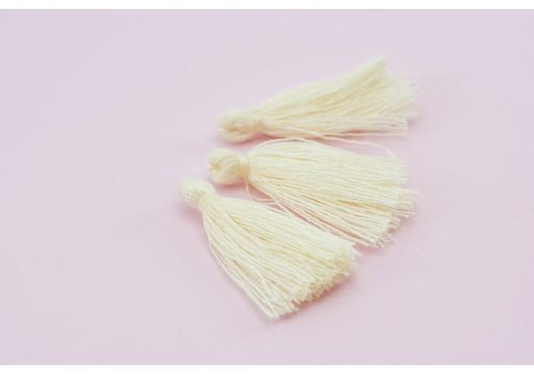 15 Pompons Glands Pampilles Colorés en Coton - Long. ± 25-30 mm - Couleur Blanc Cassé