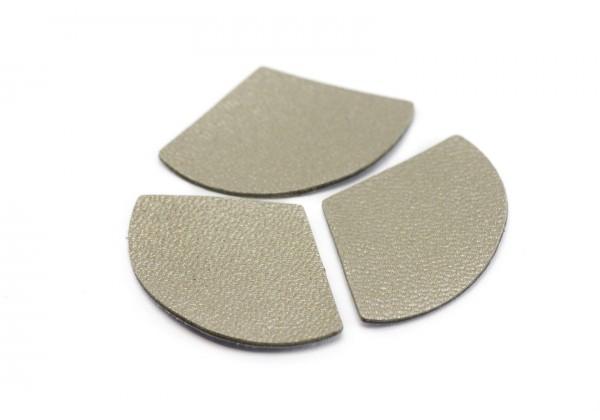 Eventails de cuir Couleur Taupe nacré - Dim. 33 x 23 mm - Lot de 6