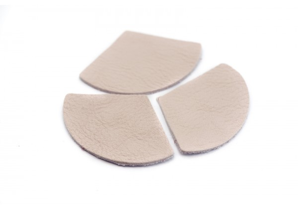 Eventails de cuir Couleur Rose Tendre - Dim. 33 x 23 mm - Lot de 6