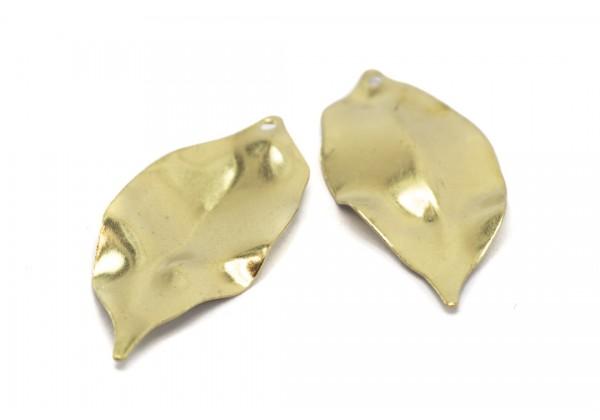 6 Breloques Forme Feuille Froissée en Laiton Brut - Dim. : 35 x 16 mm - Couleur Doré