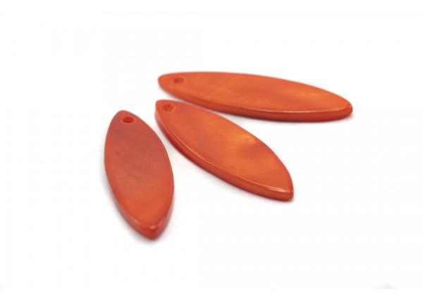 6 Sequins Navettes en nacre artificiel - Dim. : 29 x 9 mm - Couleur Orange