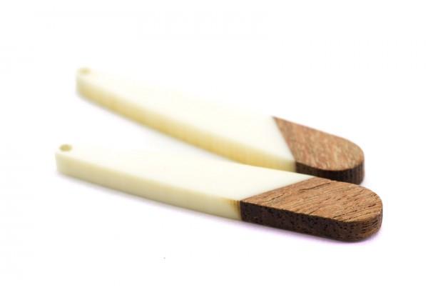 2 Breloques Bois et Résine - Dim. : 44 x 7 mm / Ep. : 3 mm - Bi-colore : Bois et Résine Blanche